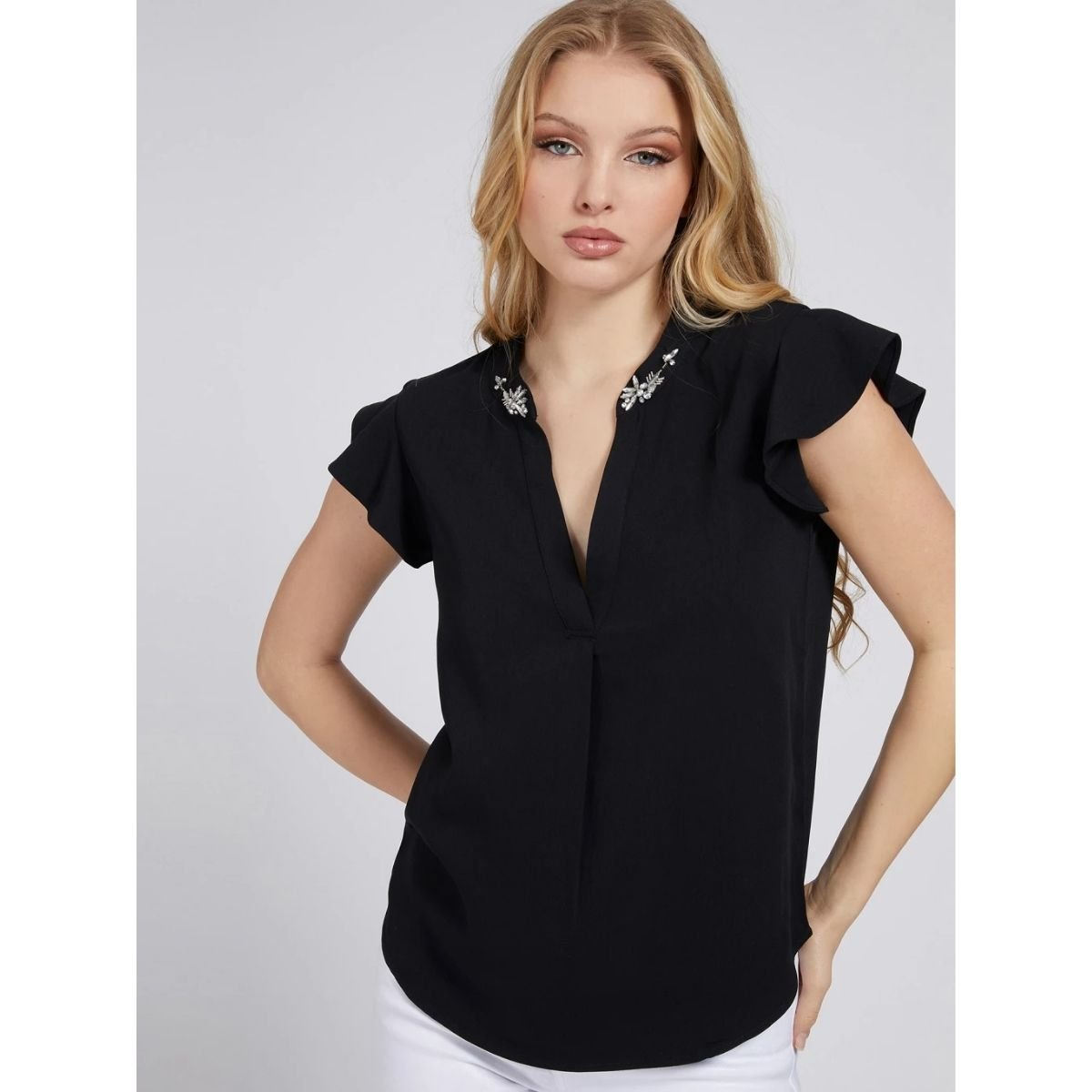 Blusa Guess In Poliestere...