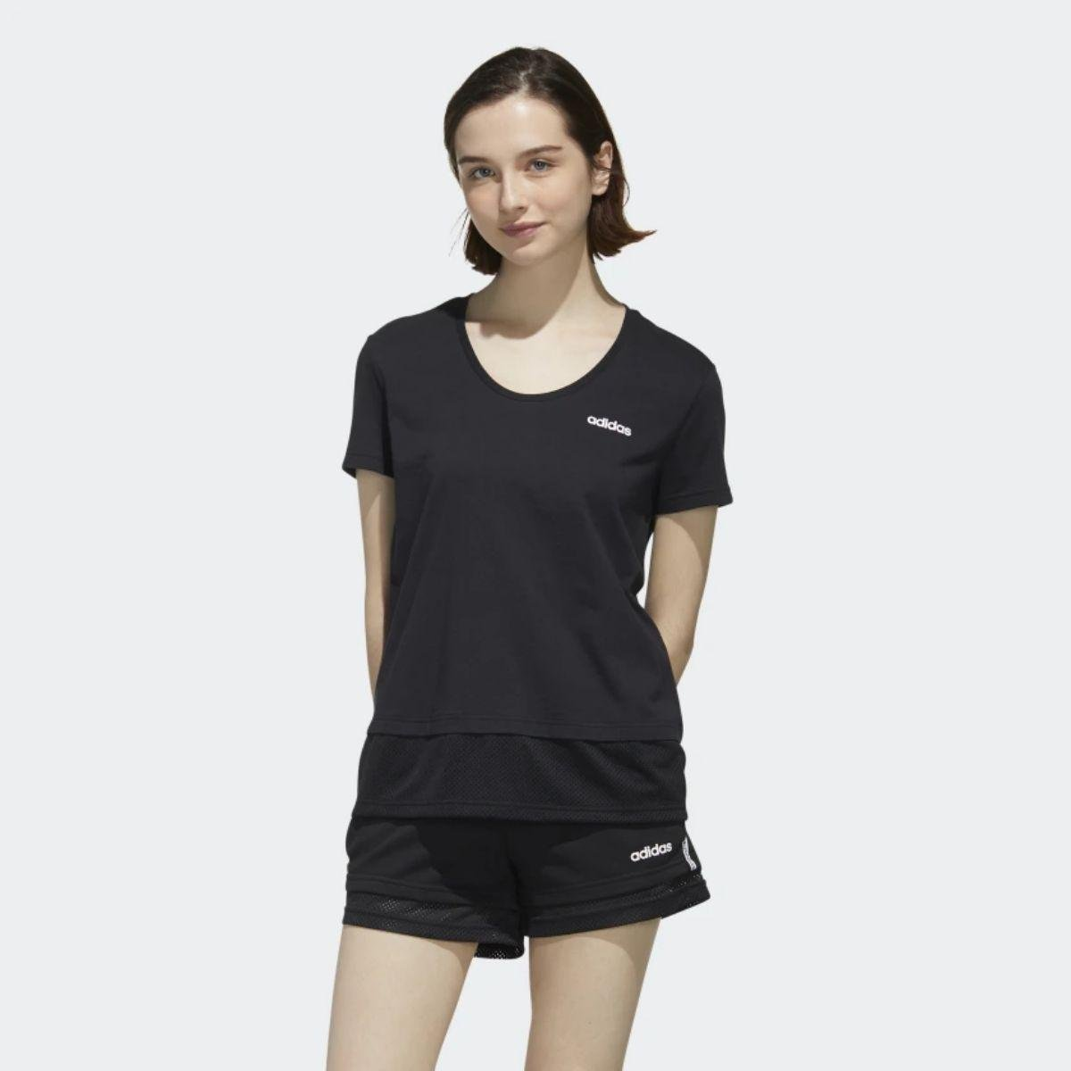 T-Shirt Adidas Essentials...