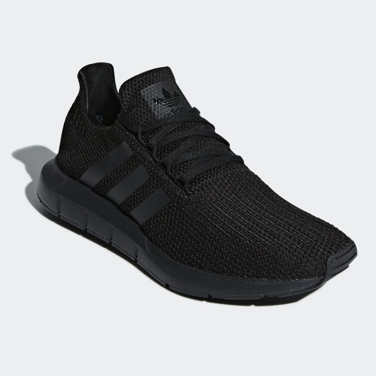 Scarpa Adidas Swift Run...